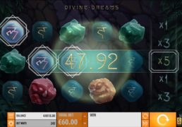 Divine Dreams Slot Machine Screenshot 3